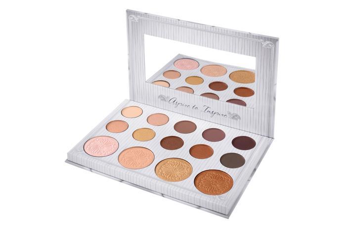 Carli Bybel 14 Colour Eyeshadow Highlighter Palette