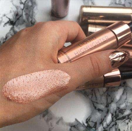 Makeup Revolution Liquid Highlighter Rose Gold Koop Je Bij