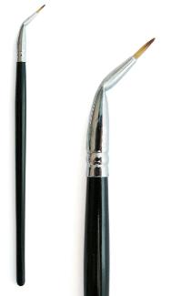 Angle / Eyeliner Brush