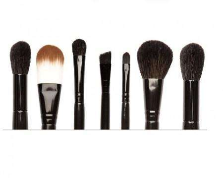 SLEEK – 7 Pcs Brush Set